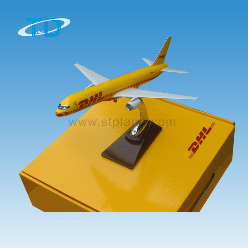 Gift box with sponge inner for synthetic material plane model with fixed wings